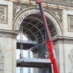 expo-gratuite-paris-christo-etape-installation-empaquetage-arc-de-triomphe