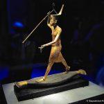 expo-paris-Toutankhamon-statue-dore